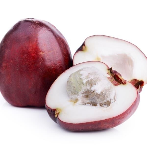 pomerac with cut fruit